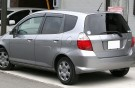 800px-1st_generation_honda_fit_rear